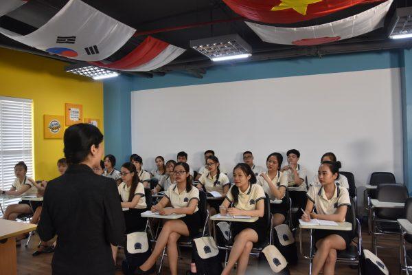 Học quản trị khach sạn ở Imperial International Hotel College