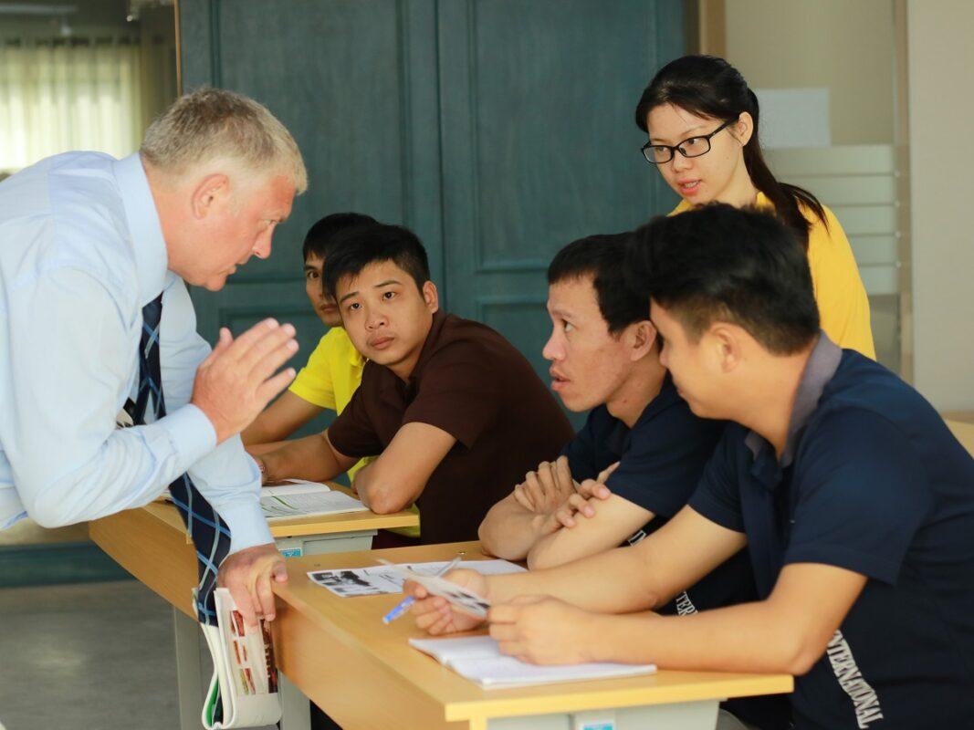5-ly-nen-chon-nganh-quan-tri-khach-san-nha-hang-2021-min (4)